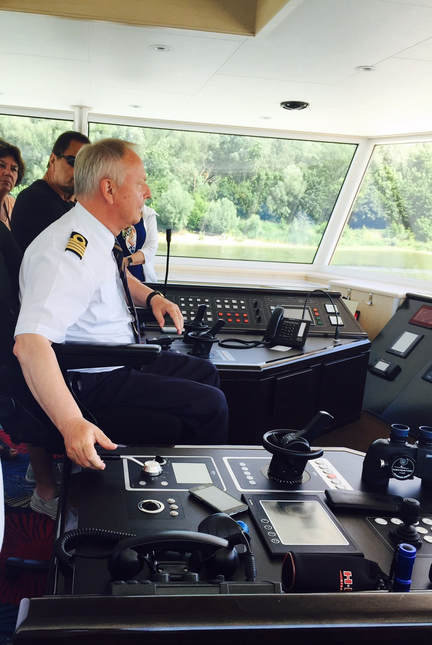 AmaViola Captain - AmaWaterways
